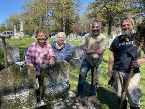 Cradle grave volunteers in Mount Hope Cemetery.
