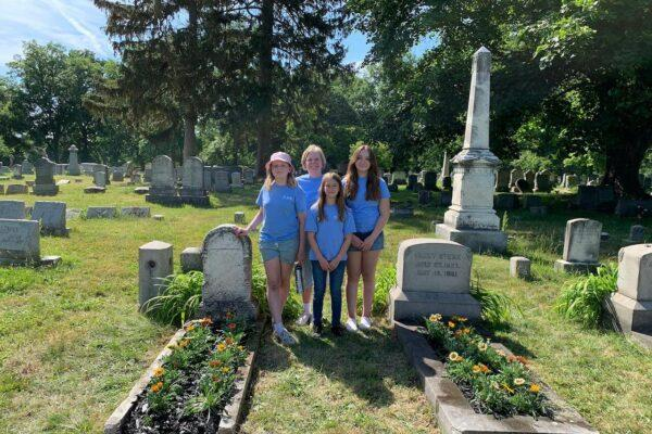 CAR Girls Adopt Cradle Graves – Our Youngest Gardeners!